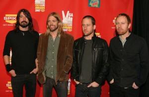 Биография Foo Fighters
